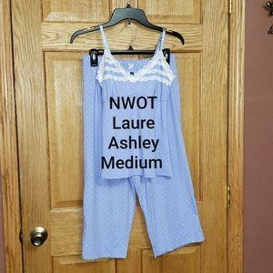 NWOT Laura Ashley Sleep Set Medium